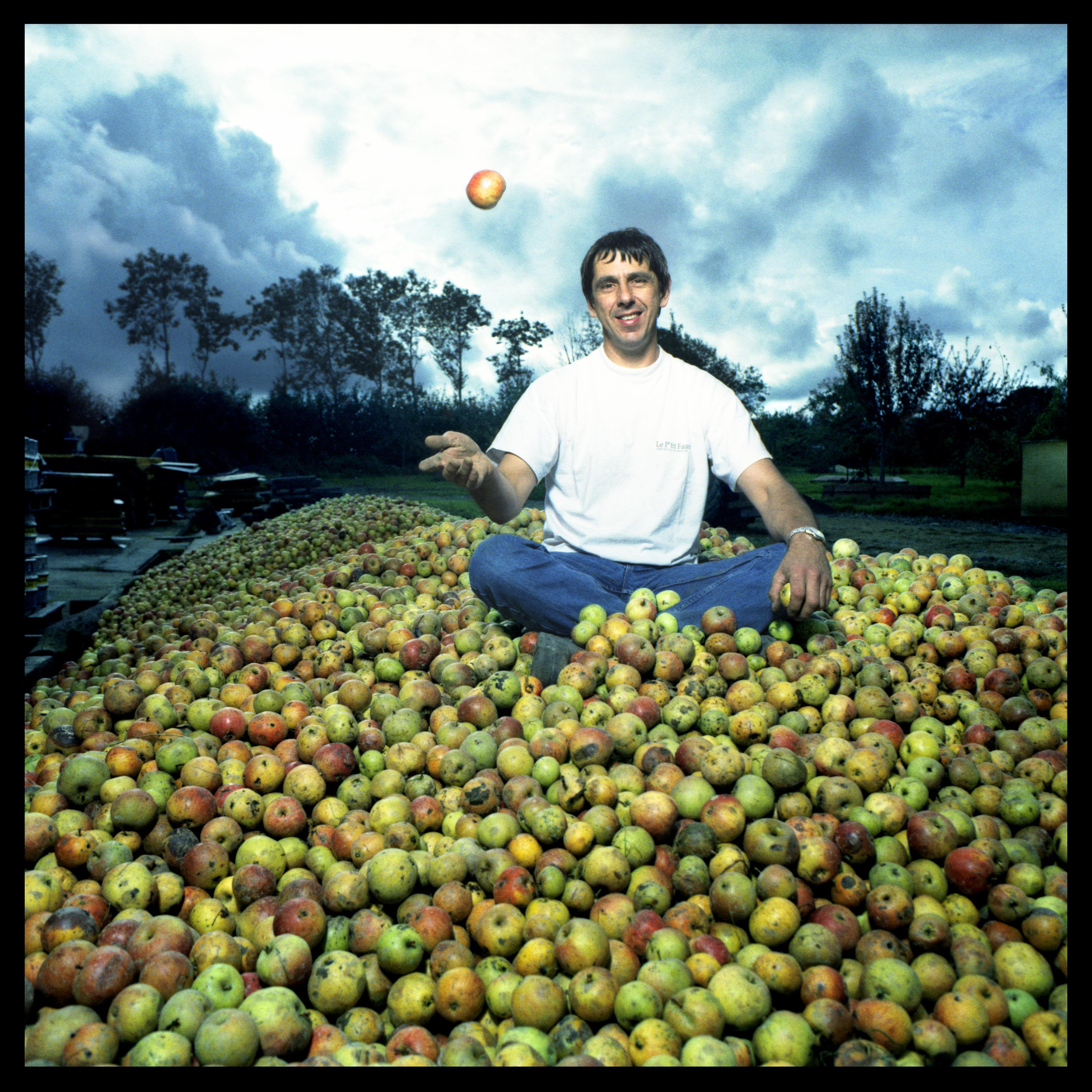 gilles-tas-de-pommes-001
